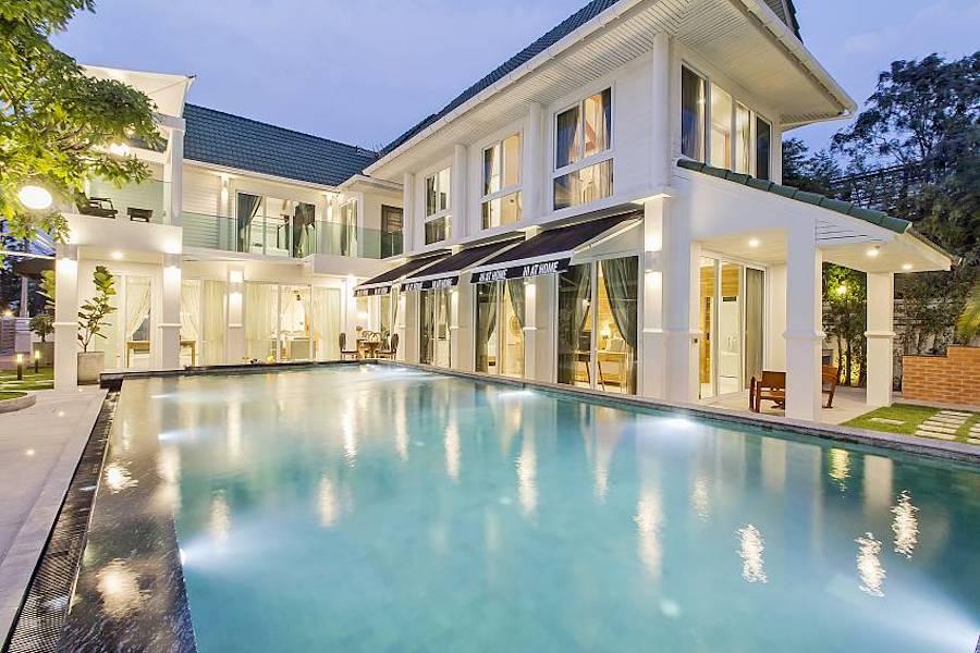 5 bedroom chill chill pool villa in Pattaya