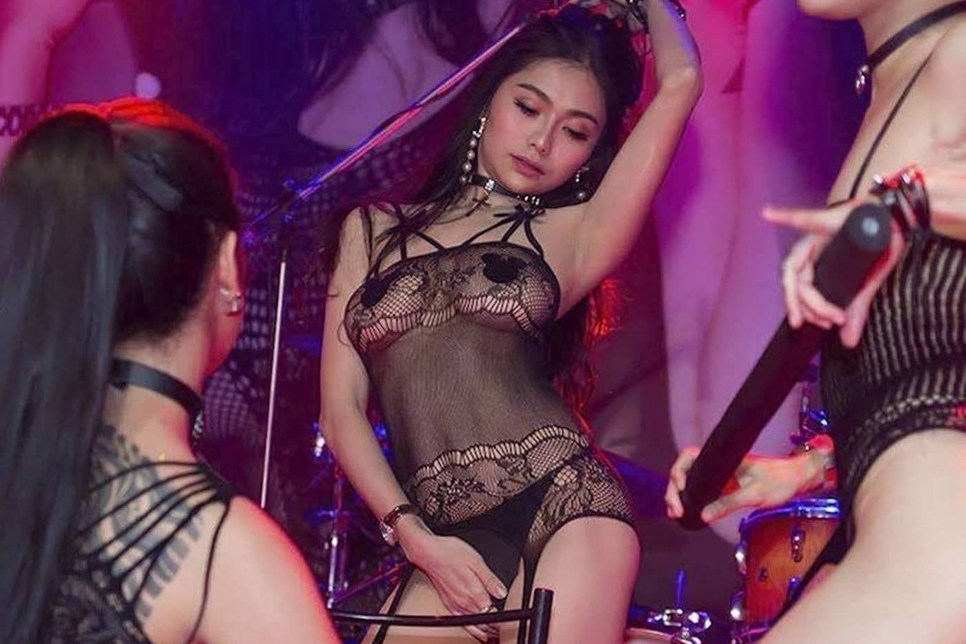 Sexy Show on Stage at PImp Bangkok