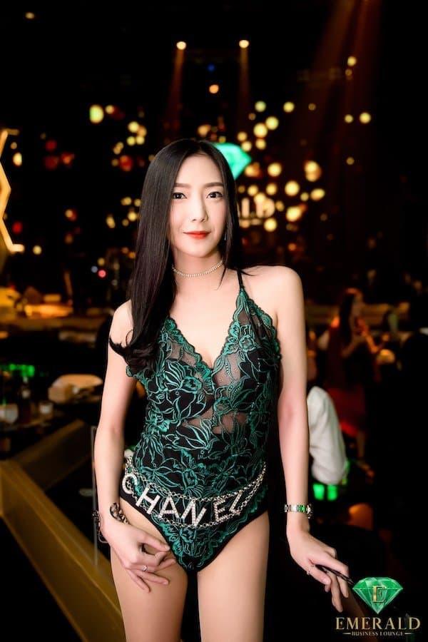 Sexy Thai girl with Chanel chain at Emerald Club Bangkok