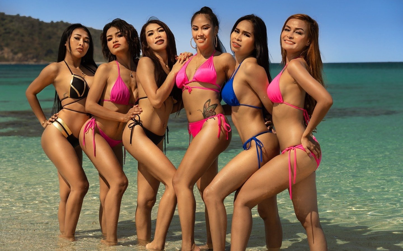 hot Thai girls in bikini at the beach in Pattaya