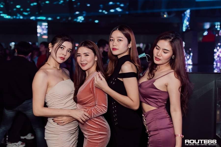 hot Thai girls at route66 Bangkok