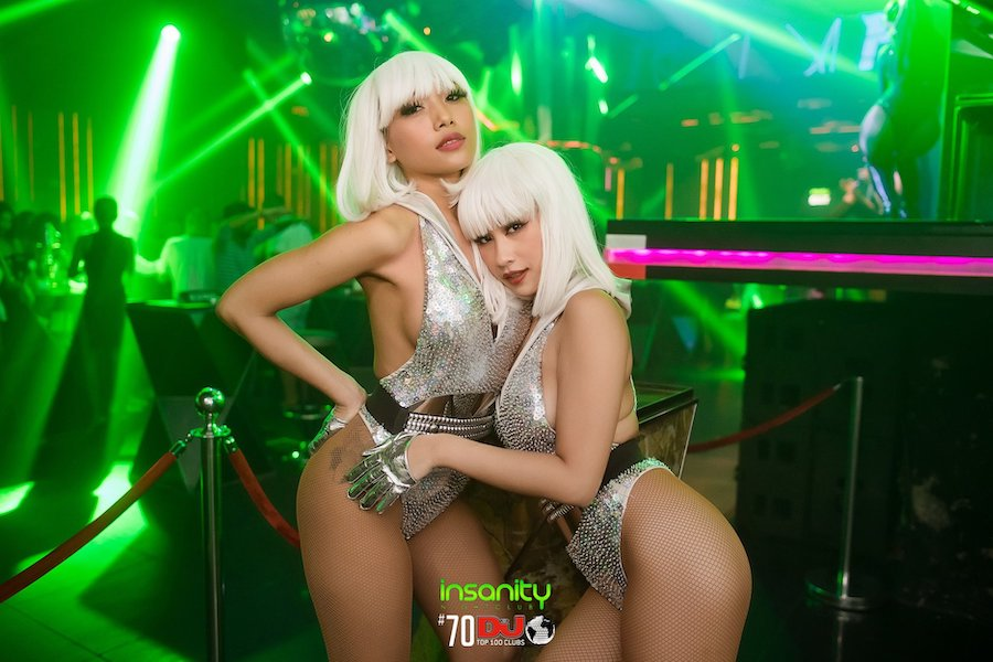 Sexy Thai dancers of Insanity Nightclub in Bangkok