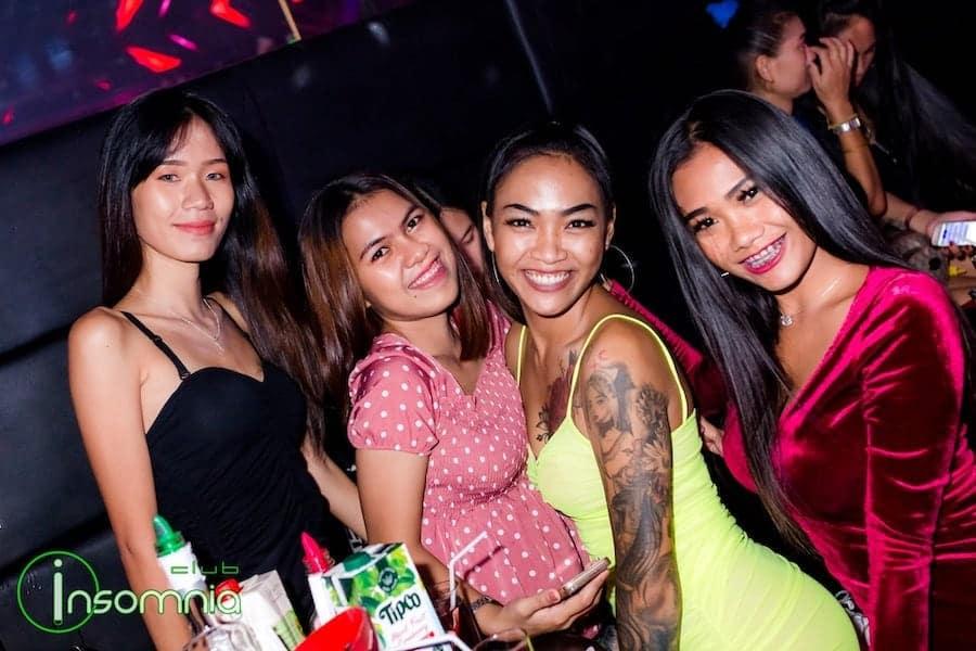 hot Thai girls at Insomnia Club in Pattaya