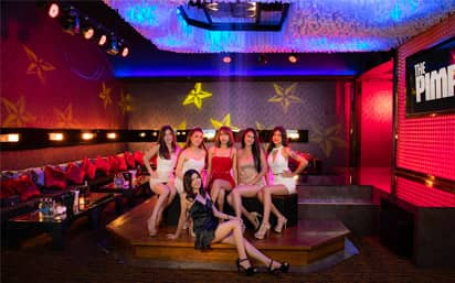 Pimp Party Room with Beautiful Girls