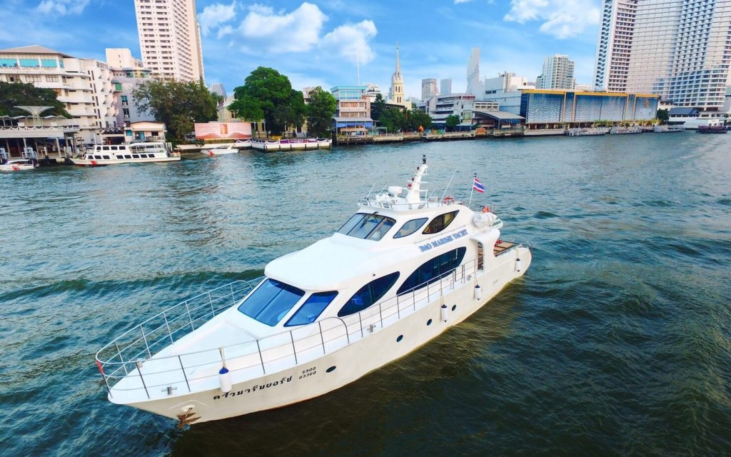 private yacht for rent on the chao phraya river in Bangkok