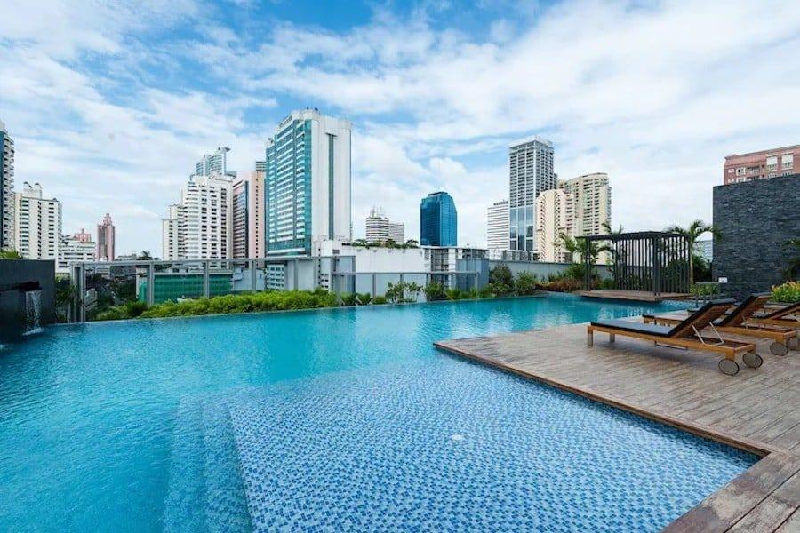 pool of the Radisson Blu hotel in Bangkok