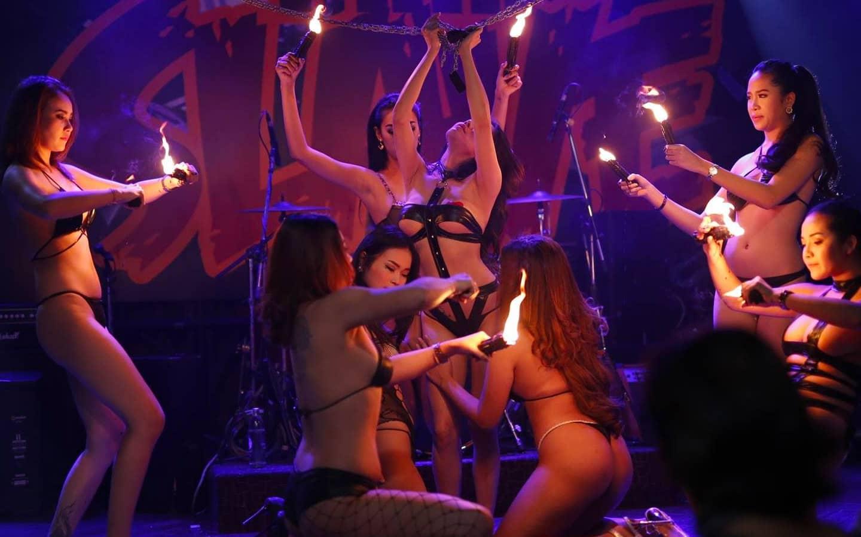 Sexy Girls Show at Pimp Bangkok