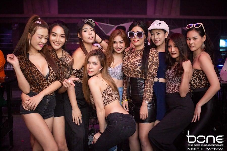 Thai girls at Bone Nightclub in Pattaya