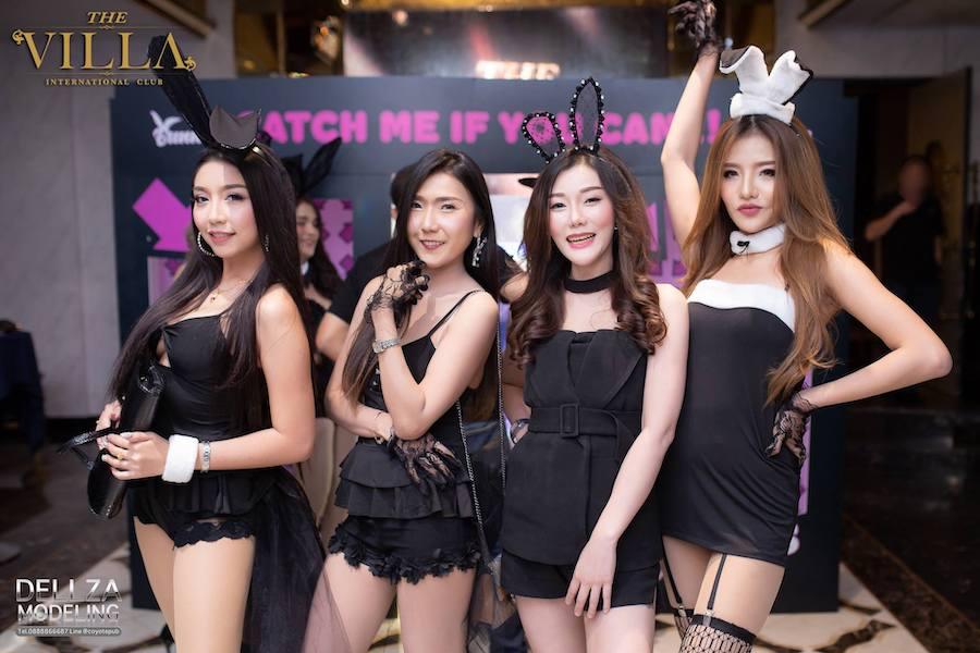 Thai girls at The Villa International Club in Bangkok