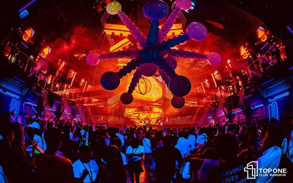 Impressive Spaceship like TopOne Club in Bangkok